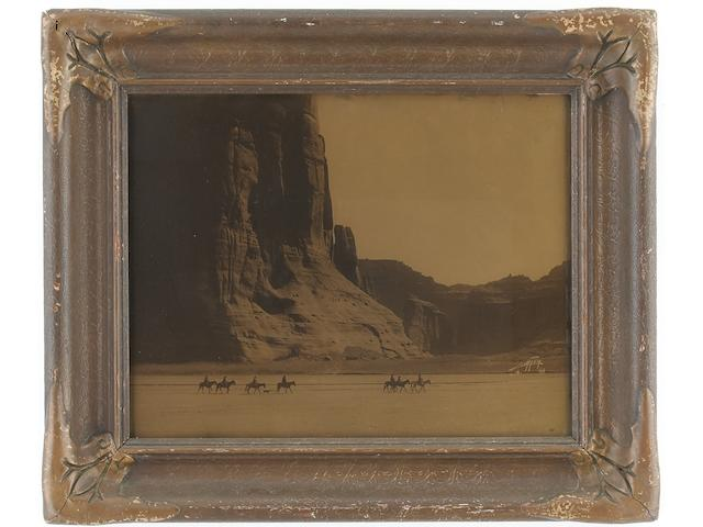 EDWARD CURTIS, CANYON DE CHELLY, OROTONE