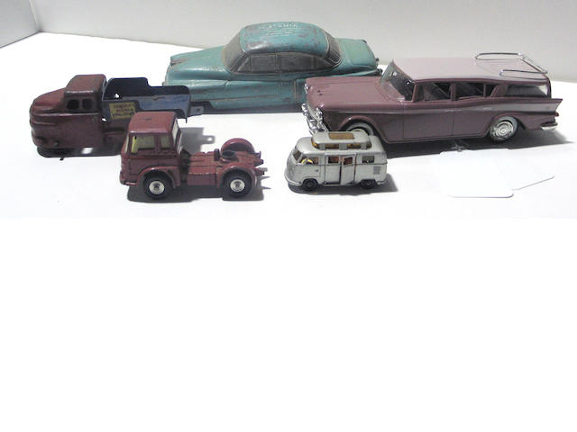 A group of 20th century metal cars (lot)