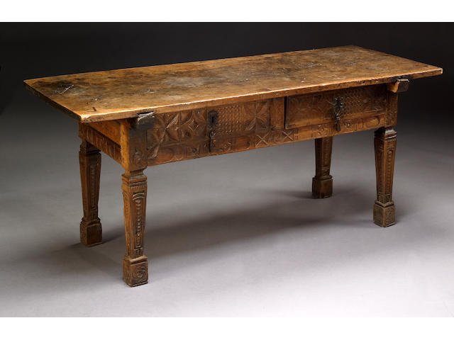A Spanish Baroque walnut side table Late 17th/early 18th century