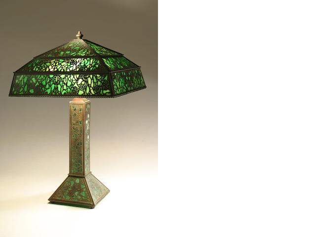 A Tiffany Grapevine table lamp with shade and finial