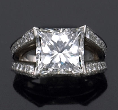 A diamond and platinum ring, French