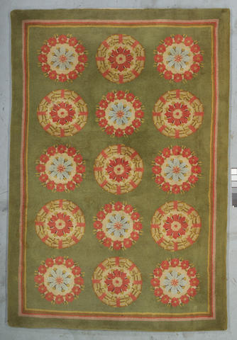 An American Hook carpet Size approximately 8ft 10in x 6ft