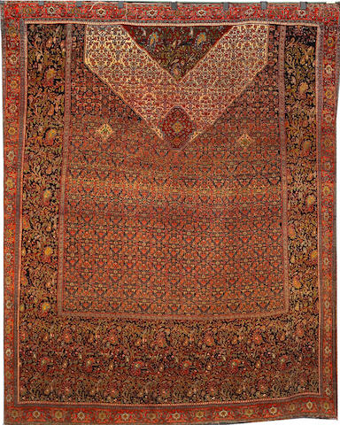 A Senneh silk rug Central Persia, Size approximately 9ft 3in x 7ft 9in