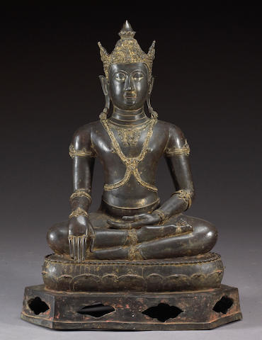 A large Thai cast bronze seated Buddha