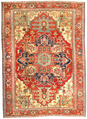A Serapi carpet Northwest Persia, Size approximately 12ft 3in x 8ft 8in