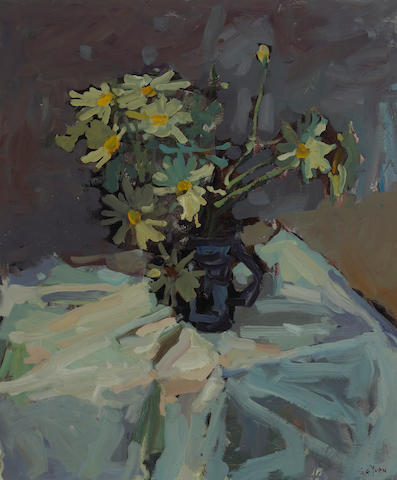 Si Chen Yuan (1911-1974) A Still Life of Daisies 30 x 25in