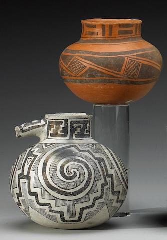 Two Anasazi ollas
