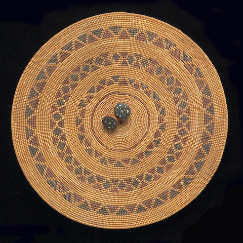 A Yokut polychrome gambling tray with two dice