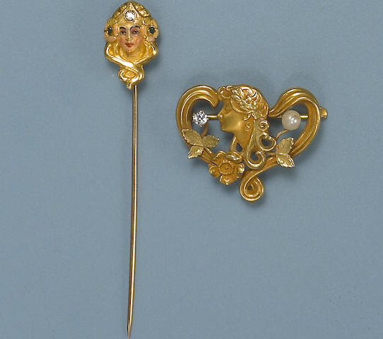 A group of art nouveau gold jewelry