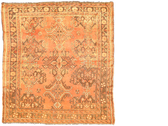 An Oushak rug West Anatolia, Size approximately 6ft 8in x 6ft 2in