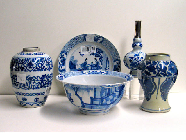 Five blue and white porcelains Kangxi Period