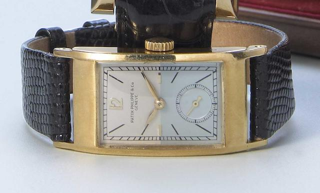 Patek Philippe & Co. An 18k gold rectangular wristwatch Ref.425. Case No.631087, Movement No.835910, made circa 1943