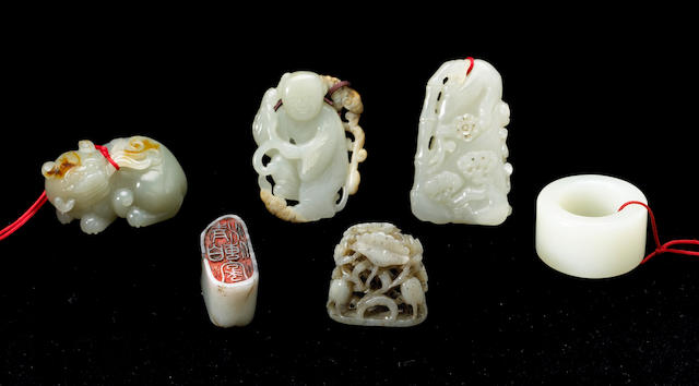 Six nephrite small carvings Ming and Qing Dynasties