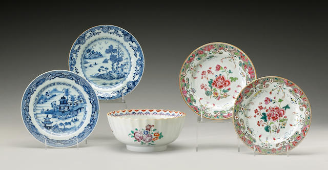 A group of five 19th Century Chinese Export porcelain articles