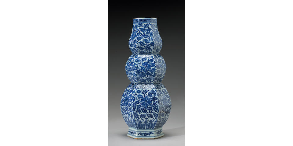 A tall triple gourd blue and white porcelain vase, 19th Century