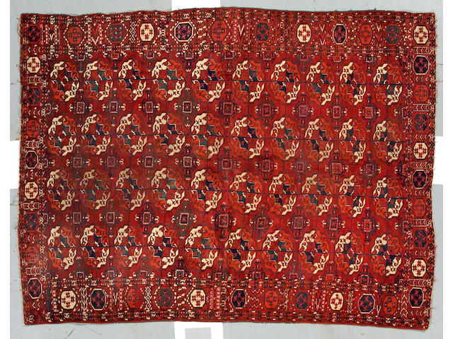 A Saryk Main rug size approximately 7ft 10in x 6ft