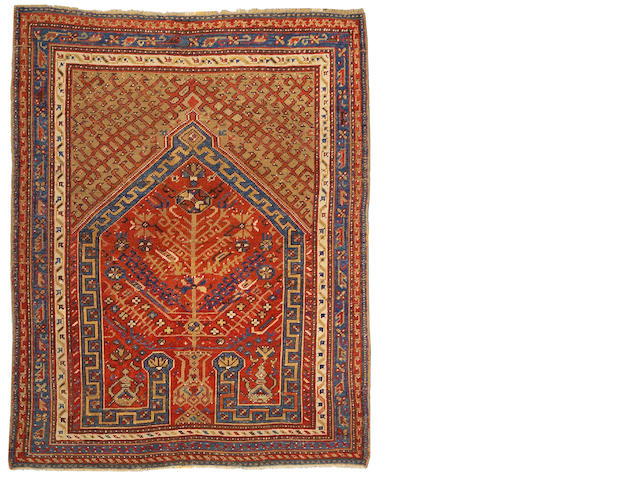 An Oushak rug West Anatolia size approximately 5ft 2in x 6ft 7in