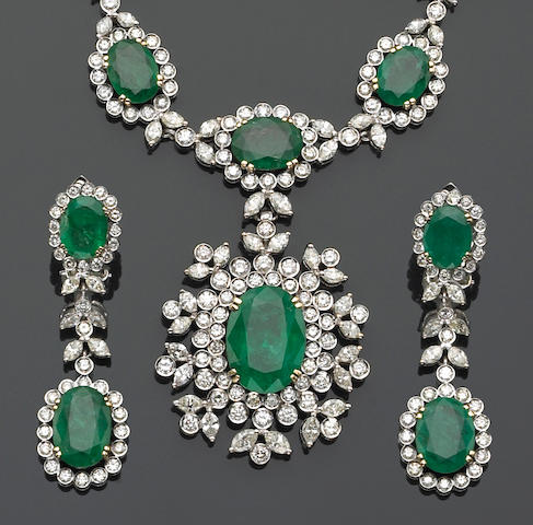 A set of emerald, diamond and eighteen karat white gold jewelry