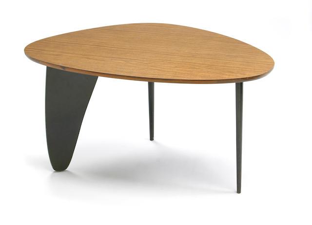 A Noguchi 'Rudder' table