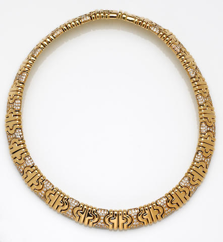 A diamond and eighteen karat gold collar necklace