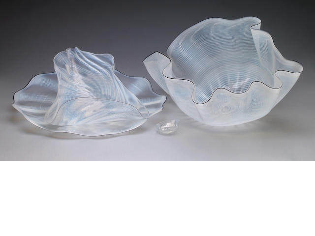 Dale Chihuly (American, b.1941) White Seaforms with Black Lip Wraps, 1984 (4) largest 26 x 13 x 18in