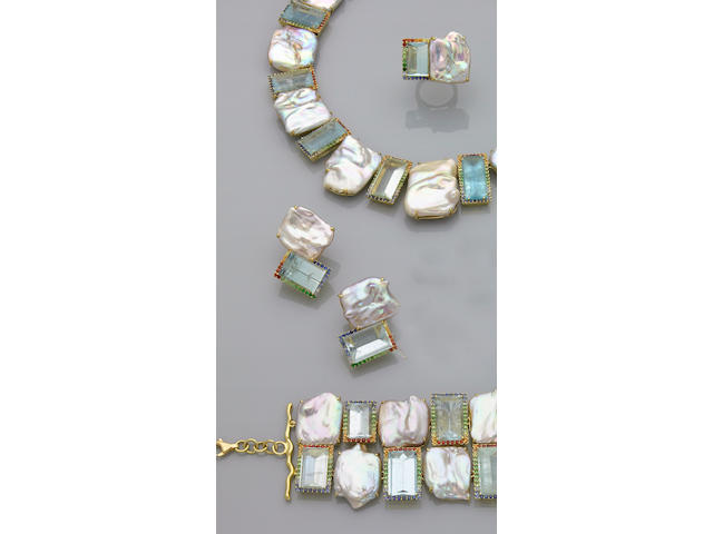 Suite of Aquamarine and Freshwater Pearl Jewelry