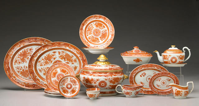 An assembled grouping of Chinese export porcelain