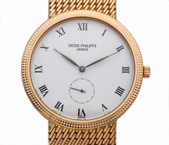 Patek Philippe. A fine 18k rose gold bracelet watch with hobnail bezel'Calatrava' Ref.3919, circa