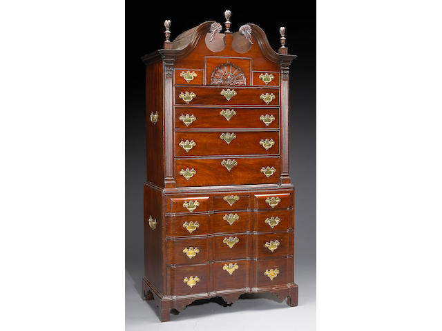 A Chippendale mahogany block front chest on chest