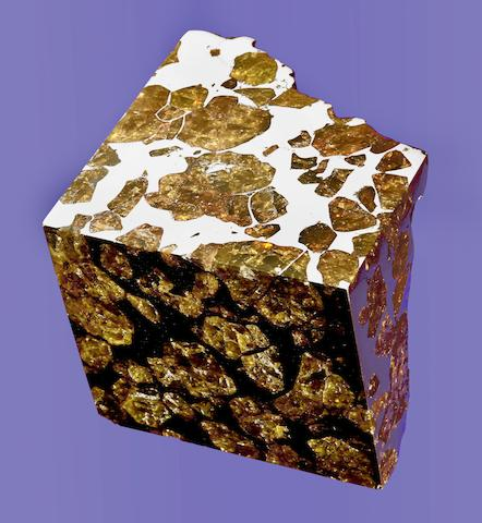 Fukang — A Massive Block of Space Gems in Matrix – The Interior and Exterior of a Pallasite Revealed
