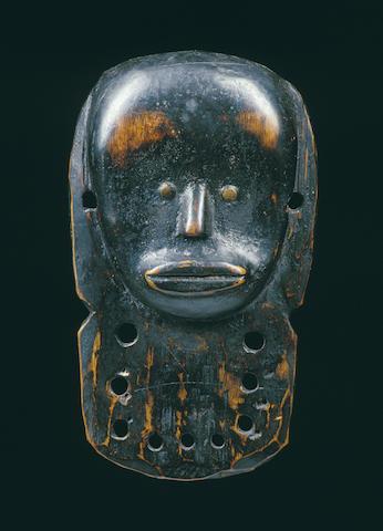 A fine Fang maskette