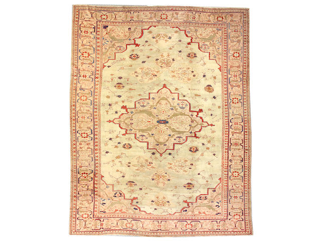 A Ziegler Sultanabad carpet Central Persia, size approximately 11ft. 9in. x 15ft. 3in.