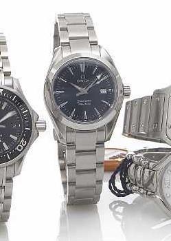 Omega. A mid-size stainless steel quartz calendar bracelet watchSeamaster, Aqua Terra, circa 2004