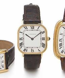 Cartier. An unusual 18k gold cushion cased wristwatch No.897054-919202, 4/10, made circa 1974