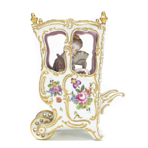 A Meissen style porcelain sedan chair