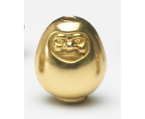 A gold ojime