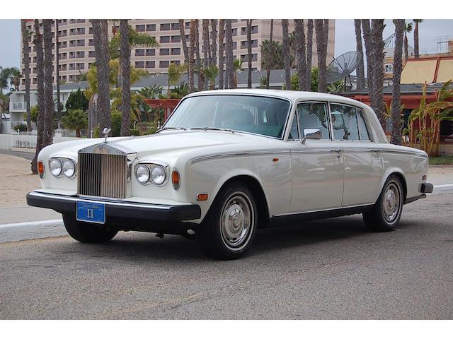 1977 Rolls-Royce Silver Shadow,
