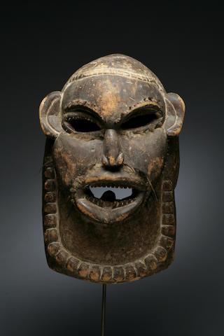 A Luba facemask