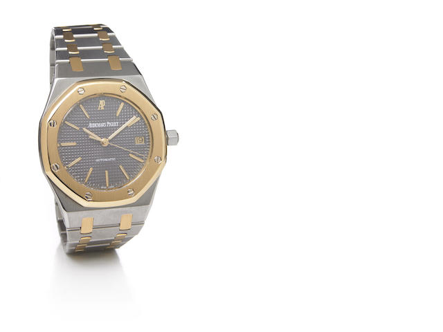 Audemars Piguet. A stainless steel and gold self-winding calendar bracelet watch, Royal Oak