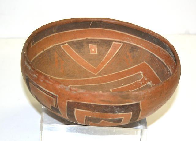 A Bidahochi polychrome bowl
