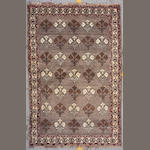 A Shiraz rug size approximately 4ft. 10in. x 7ft. 7in.