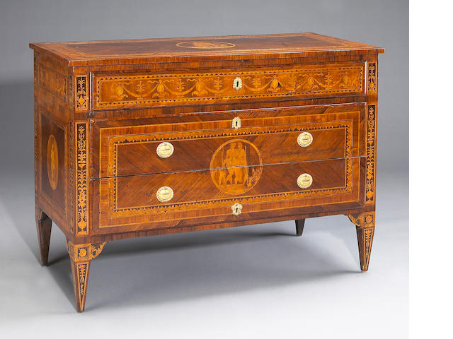 Good Italian neoclassical walnut and marquetry chest of drawers, Magiolini
