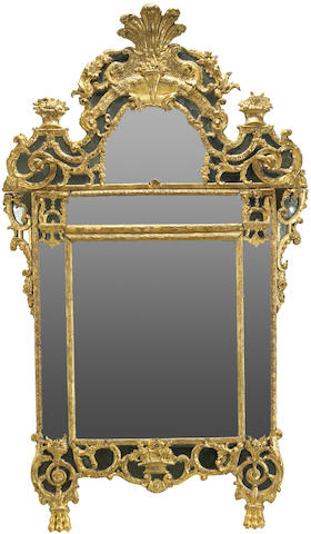 A good Régence giltwood mirror
