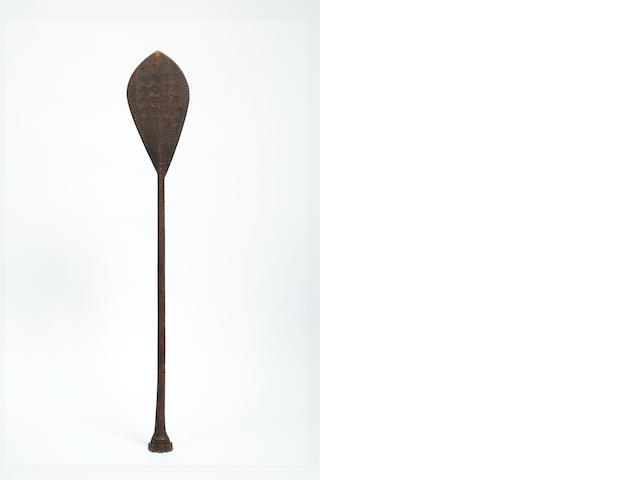 An Austral Islands dance paddle, hoe length 45in
