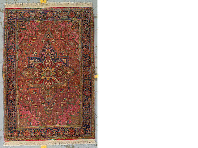 A Fereghan Sarouk rug Central Persia, size approximately 3ft. 6in. x 5ft. 1in.
