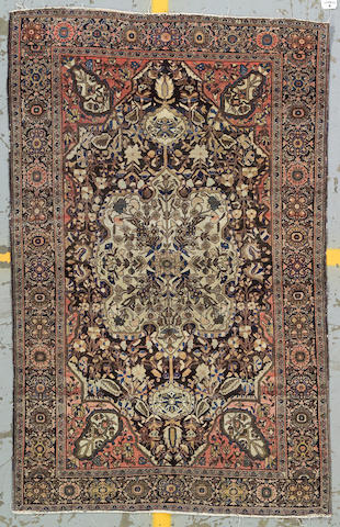 A Fereghan Sarouk rug Central Persia, late 19th century