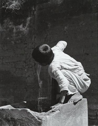 Manuel Alvarez Bravo (Mexican, 1902-2002); Sed Pública (Public Thirst);