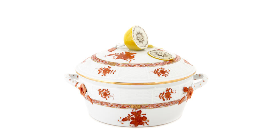 A Herend dinner service for twelve in the Chinese Bouquet pattern