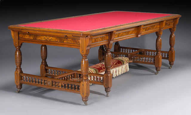 A fine American Aesthetic walnut library table