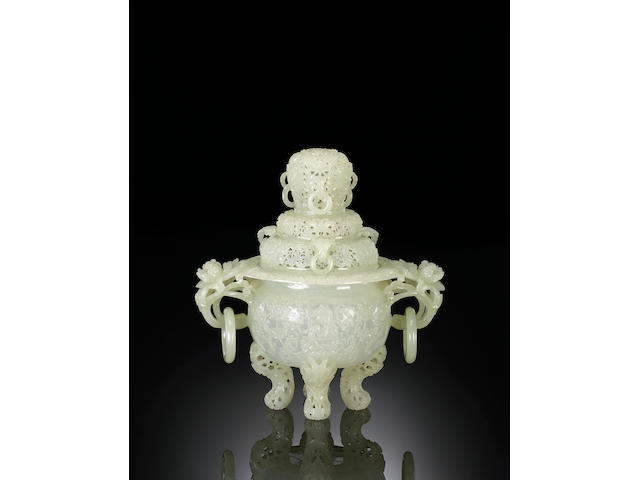 A white jade censer Late Qing Dynasty
